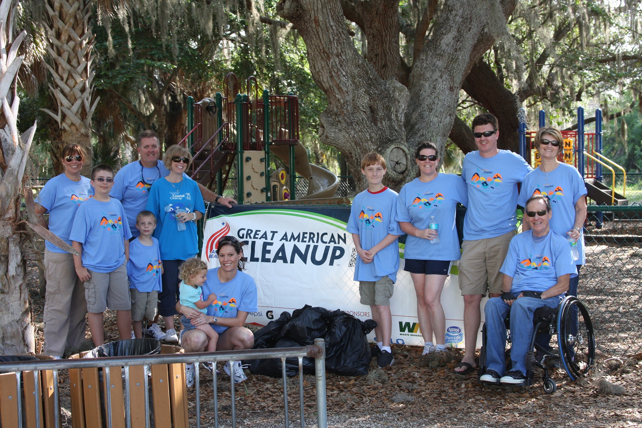 Modus Helps Keep Sarasota Beautiful!